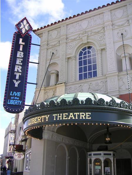 Facade of Liberty Theater in Astoria, OR