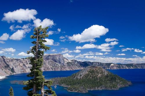 Color image of Crater Lake